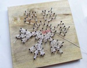 DIY, Çivi İşi Kar Tanesi Pano Yapımı 8