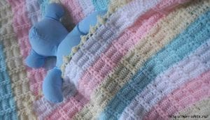 Ekose Desenli Fıstıklı Bebek Battaniyesi Yapımı 2