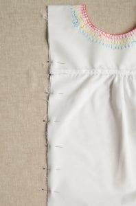 İşlemeli Kız Çocuk Pamuklu Elbise Dikimi 5
