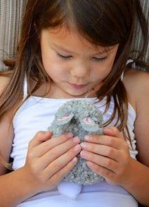 Ponpon Oyuncak Tavşan Yapımı 4