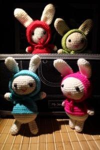 Amigurumi Kostümlü Tavşan Yapılışı 12