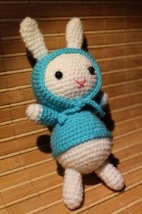Amigurumi Kostümlü Tavşan Yapılışı 13