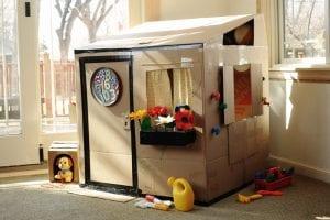 Kartondan Ev Yapımı - Resimli Videolu Örnekleri 3