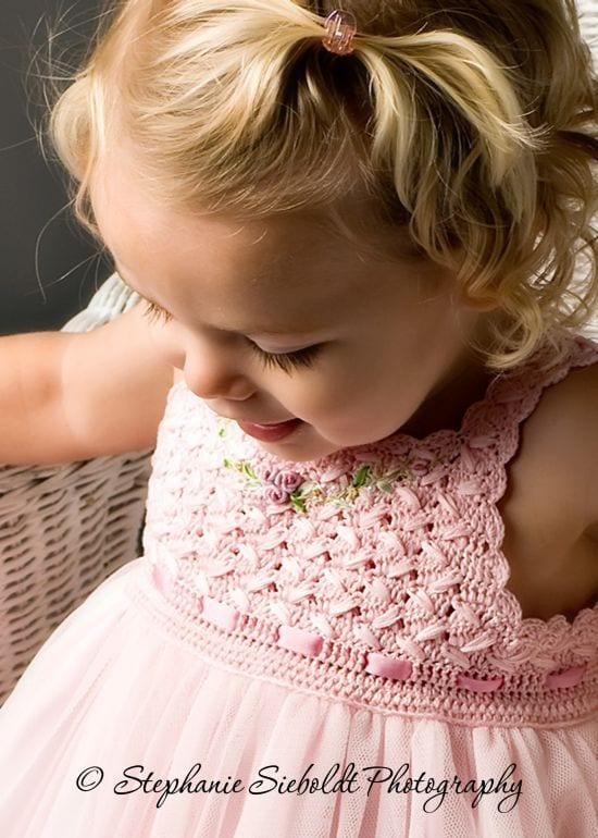 Kumaşla Örgü Kız Çocuk Elbise Modelleri ve Yapılışı 40