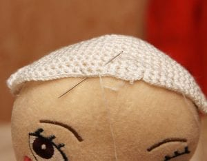 Oyuncak Bebeklere Saç Nasıl Yapılır? 1