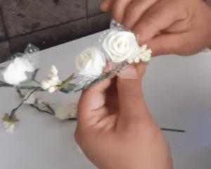 Videolu, Evde Çiçekli Taç Nasıl Yapılır? 5