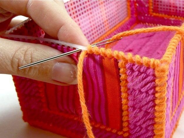 Шкатулка из ниток для вязания
