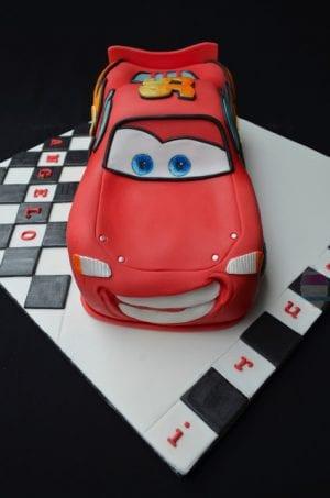 Şimşek McQueen Araba Yaş Pasta Yapımı