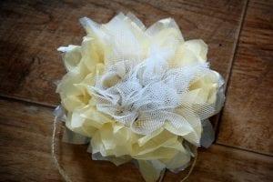 Krepon Kağıdı ile Tül Çiçek Yapımı 13