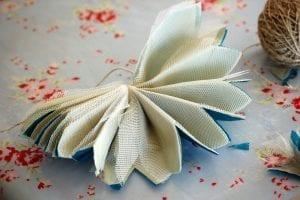 Krepon Kağıdı ile Tül Çiçek Yapımı 5