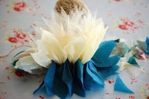 Krepon Kağıdı ile Tül Çiçek Yapımı 8