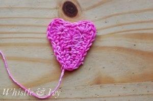 Kalp Örgü Duvar Süsü Yapılışı 8