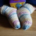 Kolay Tığ İşi Bebek Patik Örnekleri 24