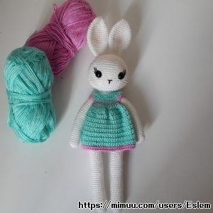 Amigurumi Uzun Bacaklı Tavşan