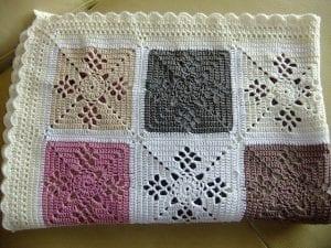 Kare Motifli Battaniye Modeli Yapımı 7