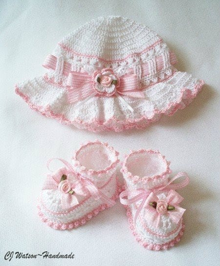 örgü bebek takımları ve giysi modelleri 2