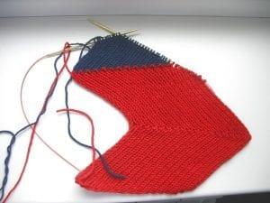Zikzak Haroşa Örgü Şapka Yapımı 12