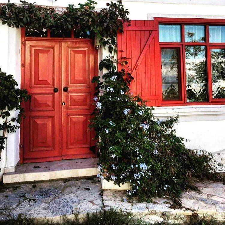 Dekoratif Dış Kapı Modelleri ve Fikirleri 13