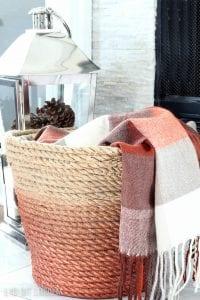 Plastik Çamaşır Sepeti Süsleme