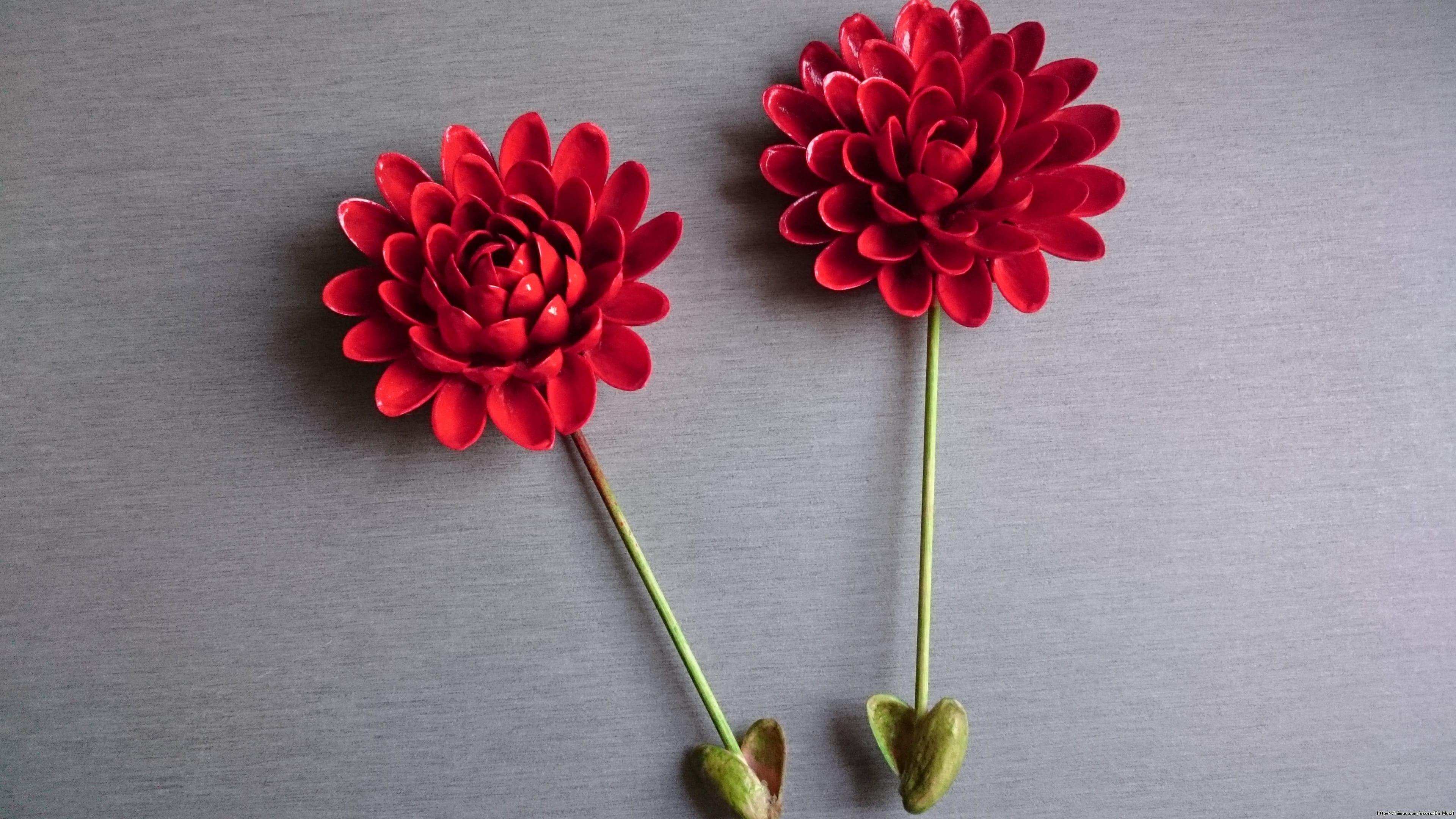 Antep fıstığı kabuklarından çiçek yapımı