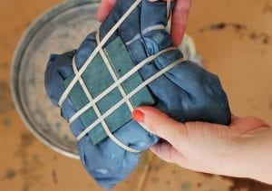 Batik Boyamada Damalı Desen Nasıl Yapılır? 20