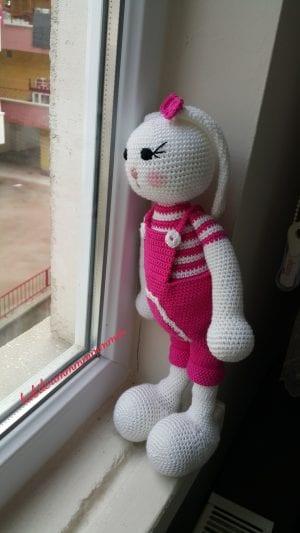 Cool Bunny Amigurumi