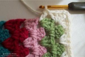 Renkli Kare Bebek Battaniyesi Yapımı 10
