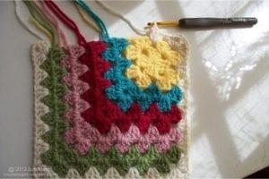 Renkli Kare Bebek Battaniyesi Yapımı 11