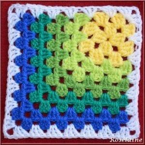 Renkli Kare Bebek Battaniyesi Yapımı 16