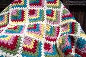 Renkli Kare Bebek Battaniyesi Yapımı 1