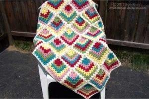 Renkli Kare Bebek Battaniyesi Yapımı