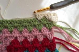 Renkli Kare Bebek Battaniyesi Yapımı 3