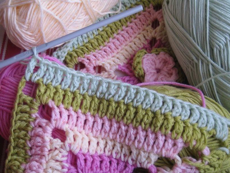 Çiçekli Bebek Battaniyesi Nasıl Yapılır? 16