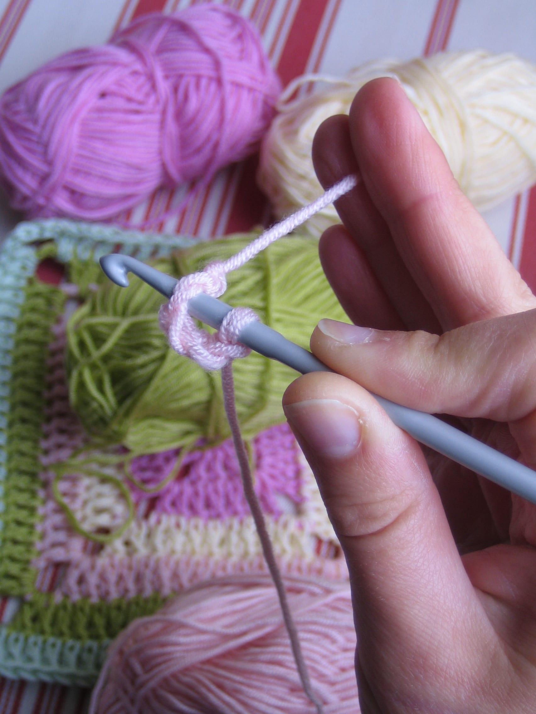 Çiçekli Bebek Battaniyesi Nasıl Yapılır? 19