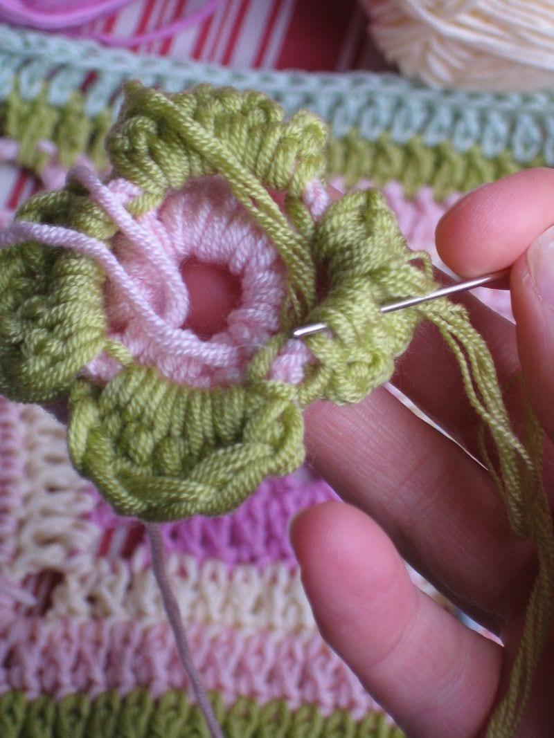 Çiçekli Bebek Battaniyesi Nasıl Yapılır? 37