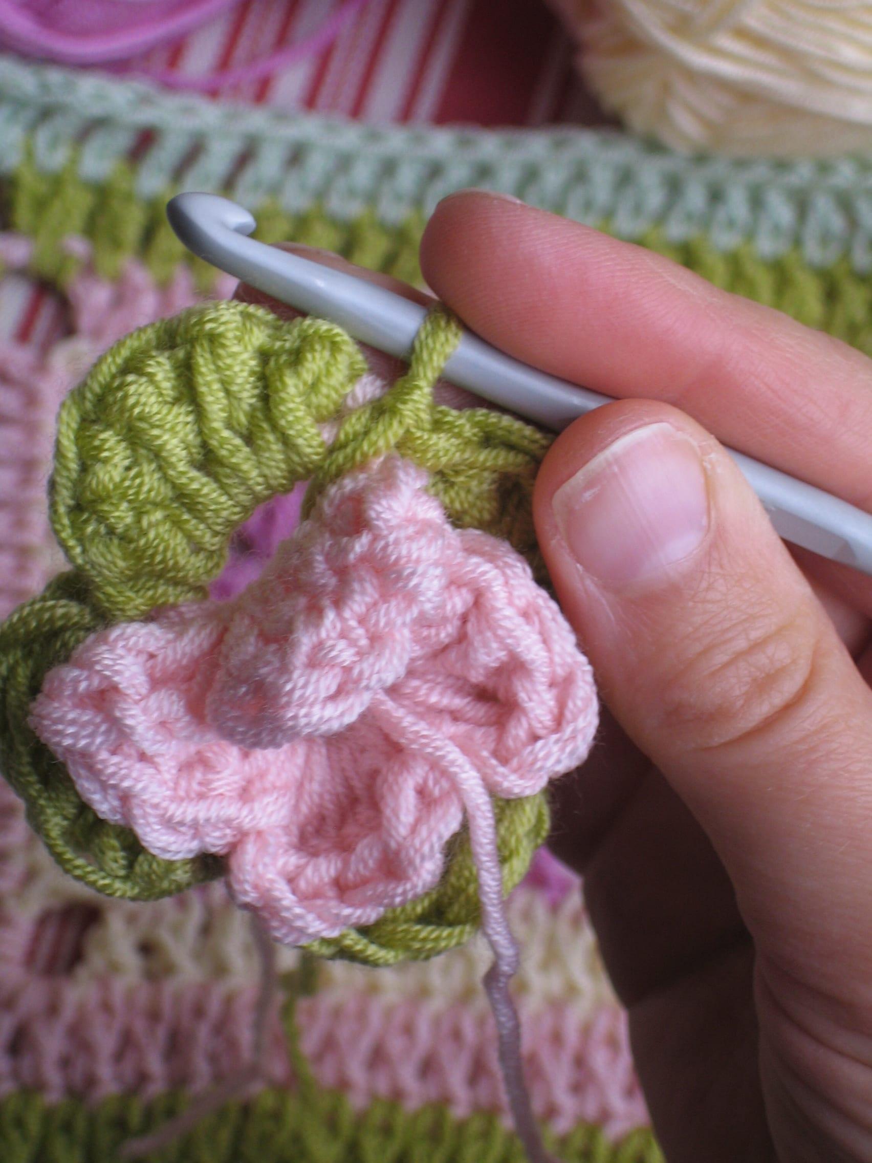 Çiçekli Bebek Battaniyesi Nasıl Yapılır? 38
