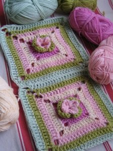 Çiçekli Bebek Battaniyesi Nasıl Yapılır? 43