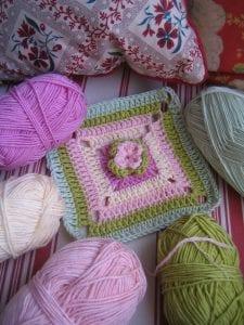 Çiçekli Bebek Battaniyesi Nasıl Yapılır? 46