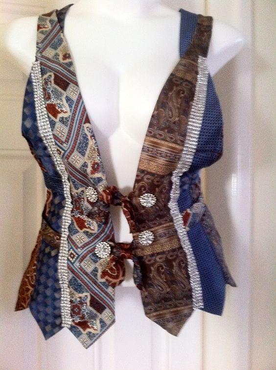 Eski Kravatlardan Yeni Tasarımlar 44