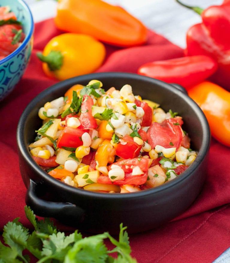 Izgara mısır ve domates salatası tarifi 74