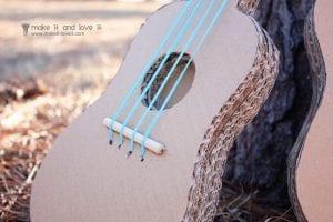 Kartondan Gitar Nasıl Yapılır? 27