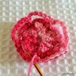 Örgü Çiçek Yapımı Resimli Anlatım 32