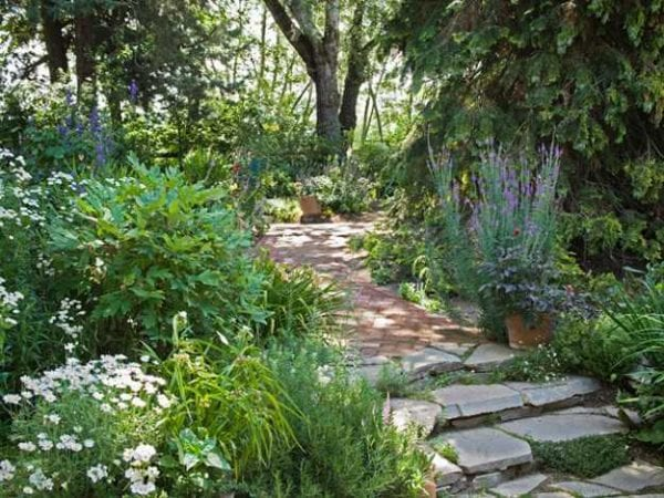 Taşlarla Yapılmış Bahçe Fikirleri 24