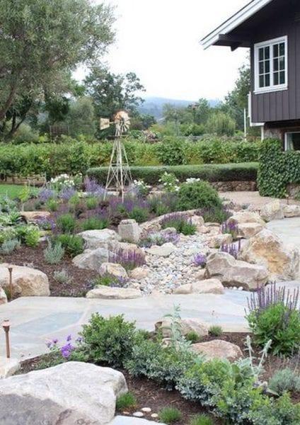 Taşlarla Yapılmış Bahçe Fikirleri 20