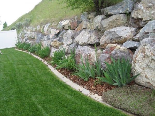 Taşlarla Yapılmış Bahçe Fikirleri 16