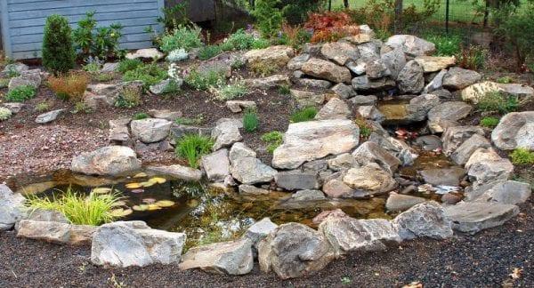 Taşlarla Yapılmış Bahçe Fikirleri 17