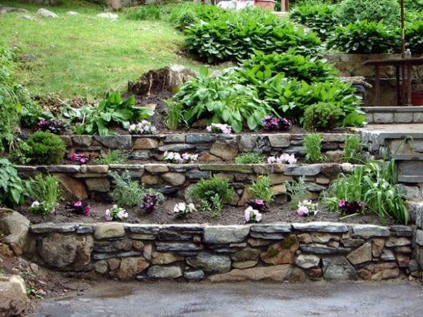 Taşlarla Yapılmış Bahçe Fikirleri 5