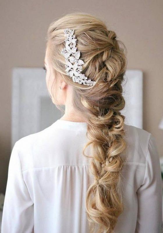 2017 Düğün Saç Modelleri 19