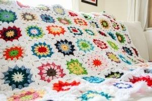 Tığ İşi Renkli Motifli Bebek Battaniye Yapımı 2
