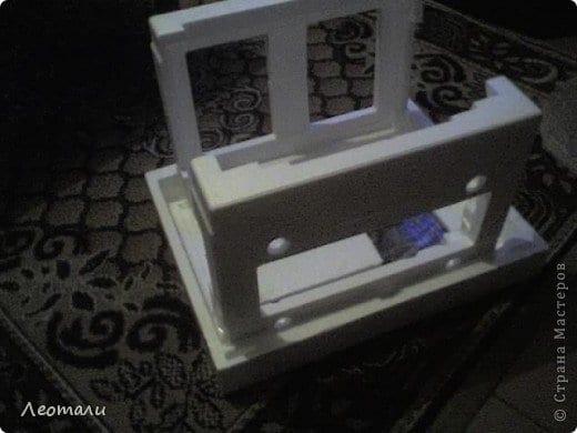 Yoğurt Kabından Saksı Yapımı 11